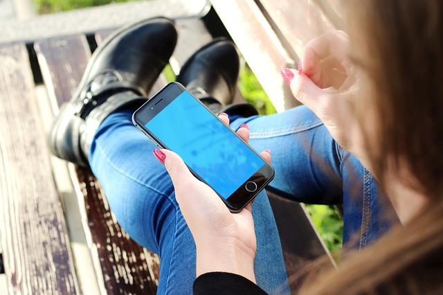 """Concours Smartphone """"A vous de filmer !"""" à Revin !"""